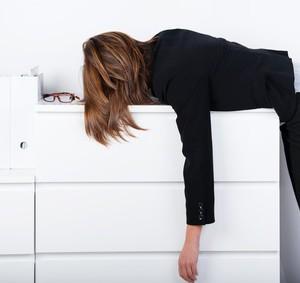 Nebennieren-Schwäche, chronisch müde und erschöpft, Stress, Burnout, Heilpraktiker, Berlin Schöneberg, Naturheilpraxis